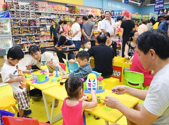 Khu vực vui chơi dành cho thiếu nhi tại Co.opmart Huỳnh Tấn Phát quận 7