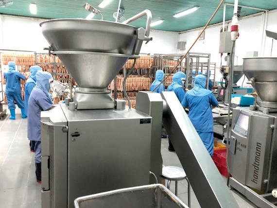 Viet Foods giới thiệu nhà máy sản xuất thực phẩm chuẩn quốc tế