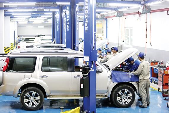 """Ford Việt Nam tổ chức """"Tháng chăm sóc  khách hàng"""" với nhiều hoạt động thiết thực"""