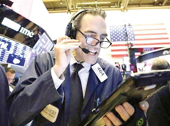 Thị trường chứng khoán New York đón nhận tin vui của các cổ phiếu công nghệ