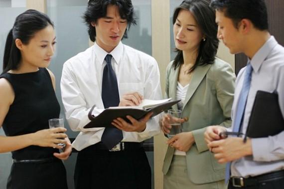 Tinh thần làm việc tập thể ở Nhật Bản.     Nguồn: CÔNG TY NHÂN LỰC TTC VIỆT NAM