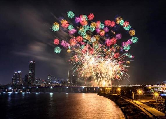 Seoul háo hức chờ đón lễ hội pháo hoa quốc tế 2018