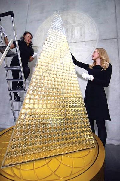 Cây thông Noel đắt nhất châu Âu