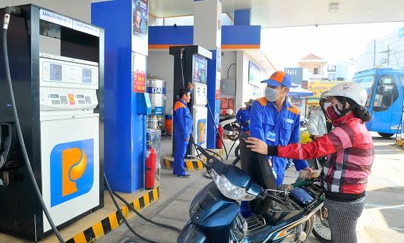 Petrolimex đang thu hút sự quan tâm của các nhà đầu tư nước ngoài. Ảnh: THÀNH TRÍ