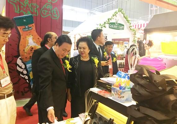 Doanh nghiệp TPHCM giới thiệu hàng tại Hội chợ triển lãm quốc tế ngành chế biến lương thực thực phẩm tổ chức tại quận 7