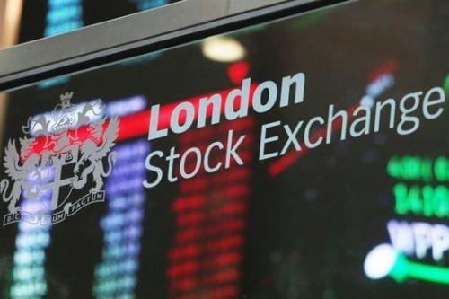 """Các nhà đầu tư đánh giá thị trường chứng khoán Anh """"kém hấp dẫn"""". Ảnh minh họa: Daily Express"""