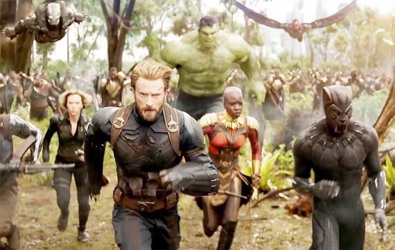 Avengers: Infinity War tiếp tục không đối thủ