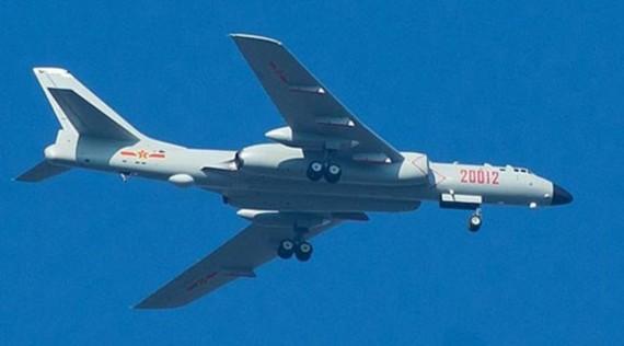 Máy bay ném bom H-6K