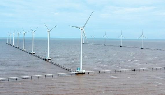 Điện gió, nguồn năng lượng sạch đang được triển khai tại Việt Nam. Ảnh: CAO THĂNG