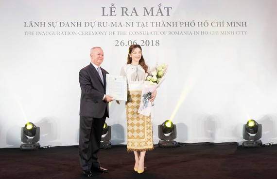 Ra mắt lãnh sự danh dự Rumani tại TPHCM