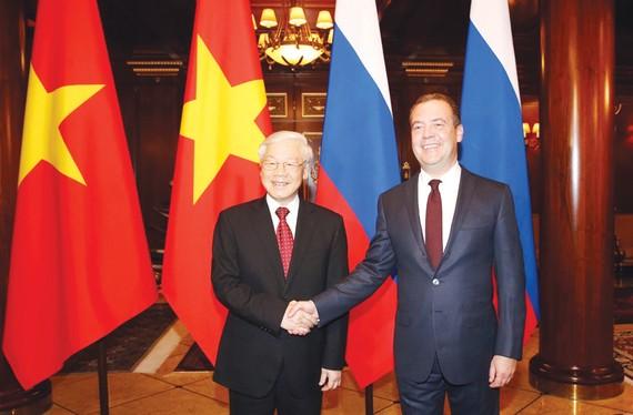 Tổng Bí thư Nguyễn Phú Trọng hội kiến với Thủ tướng Liên bang Nga Dmitry Medvedev