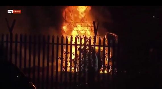 Máy bay của chủ tịch CLB Leicester City bùng cháy dữ dội sau khi rơi