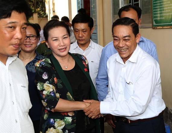 National Assembly Chairwoman Nguyễn Thị Kim Ngân meets voters of Cần Thơ City on Thursday. — VNA/VNS Photo Trọng Đức