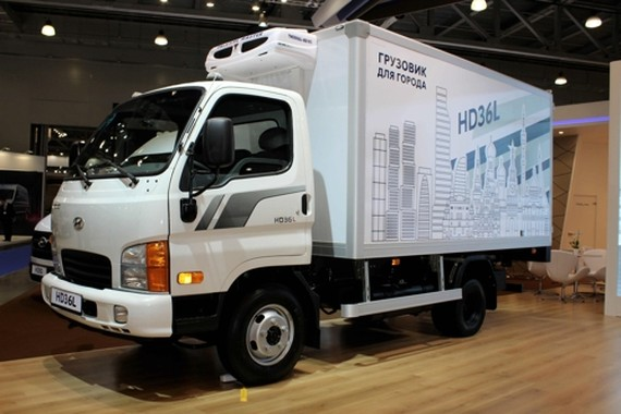 This photo provided by Hyundai Motor shows its HD36L light truck in Moscow. (Yonhap)