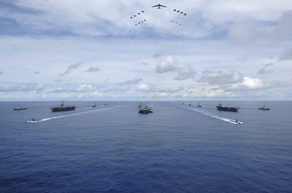Three U.S. aircraft carriers -- USS Nimitz, USS Kitty Hawk, and USS John C. Stennis -- steam in formation during a 2007 training exercise in the Western Pacific in this photo released by the 7th Fleet. (Yonhap)