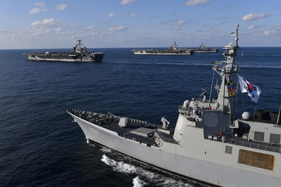 South Korea's Sejong the Great Aegis destroyer trains with three U.S. aircraft carriers in the East Sea on Nov. 12, 2017, in this photo provided by the Navy. (Yonhap)