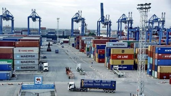 Abandoned imports pile up at City ports