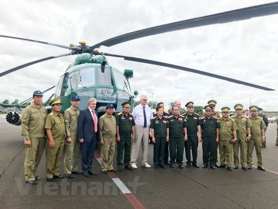 Russia hands over four helicopters to Laos