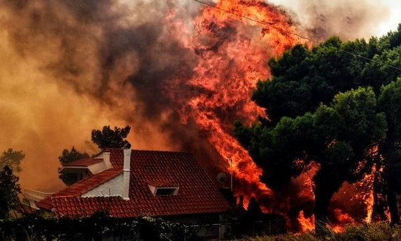 At least 20 dead in Greek wildfires