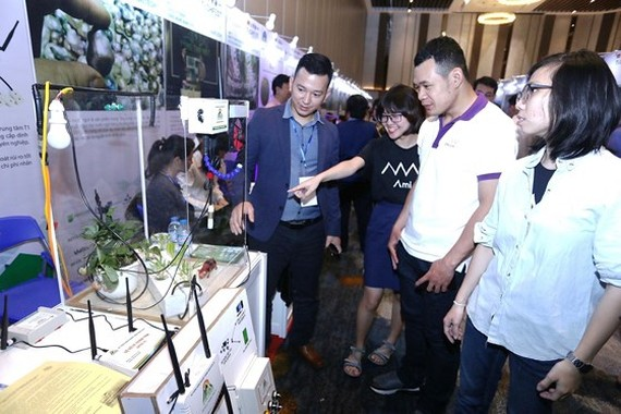 Many innovative start-up booths are introduced at Techfest Vietnam 2018