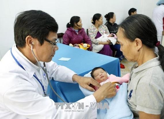 Tỉnh Thừa Thiên-Huế triển khai tiêm vắc xin viêm gan B cho sơ sinh trong vòng 24 giờ đầu sau sinh tại 152 trạm y tế và các cơ sở y tế có phòng sinh.