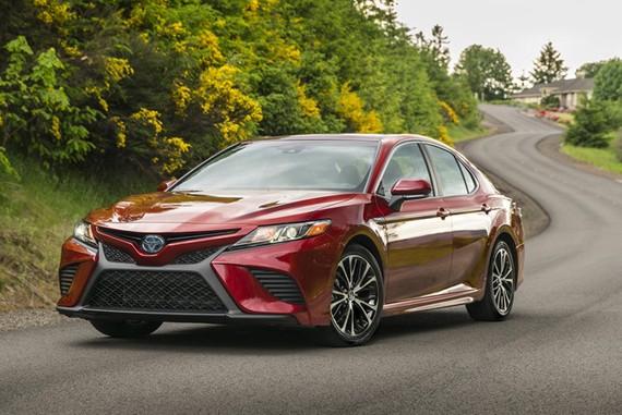 Toyota Camry 2018 đánh dấu sự trở lại của động cơ V6
