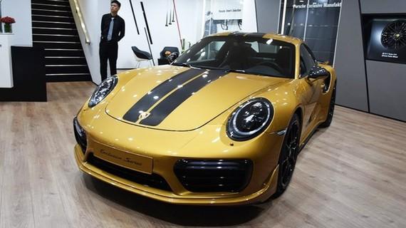 Porsche 911 Turbo S Exclusive Series giá 11,4 tỷ đồng