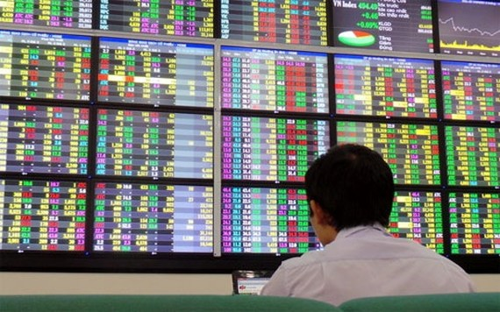 Khối ngoại bán ròng do tác động lãi suất Libor