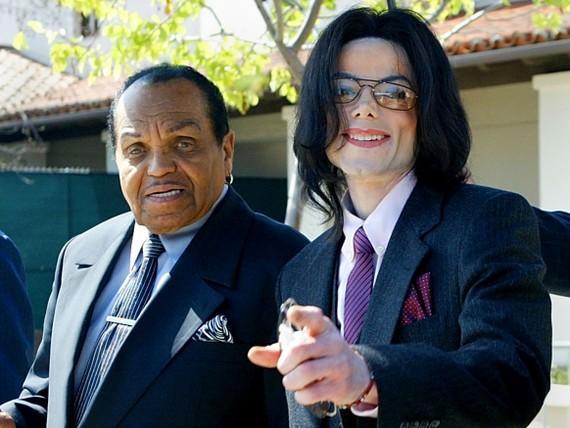 Cha đẻ và huyền thoại âm nhạc Michael Jackson (Ảnh : Los Angeles Daily News)