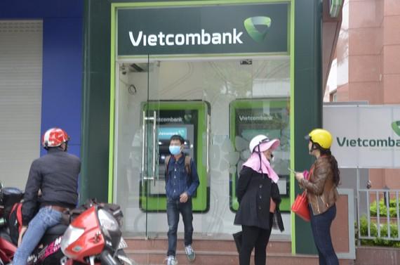 Vietcombank dừng áp dụng điều kiện mới trong NH điện tử