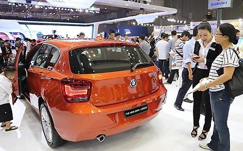 Bộ Tài chính bác kiến nghị DN nhập khẩu ô tô