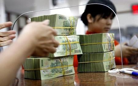 Chính phủ yêu cầu phấn đấu giảm lãi suất cho vay