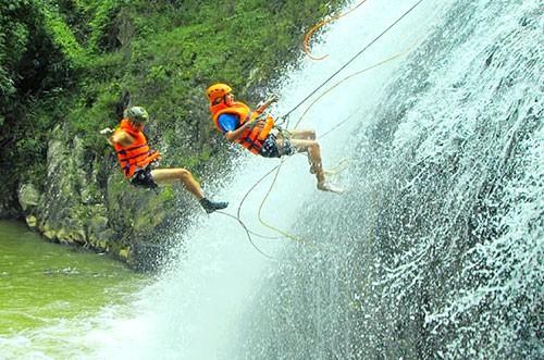Siết quản lý du lịch mạo hiểm