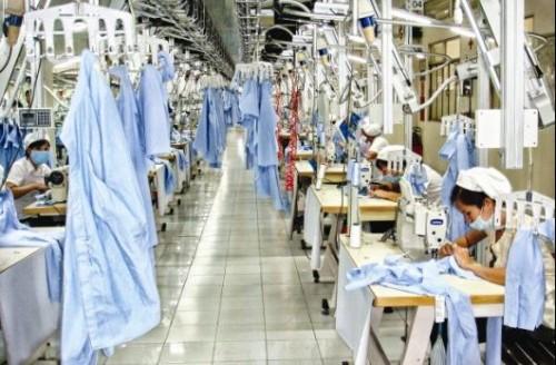 Việt Nam đang đứng trước sức ép tăng trưởng GDP.
