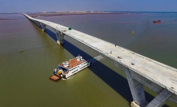 Cầu thuộc dự án đường ô tô Tân Vũ - Lạch Huyện (Hải Phòng)