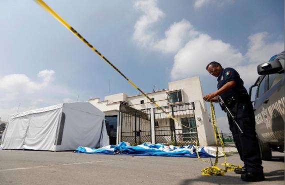 Cảnh sát phong tỏa hiện trường vụ việc. Ảnh: REUTERS