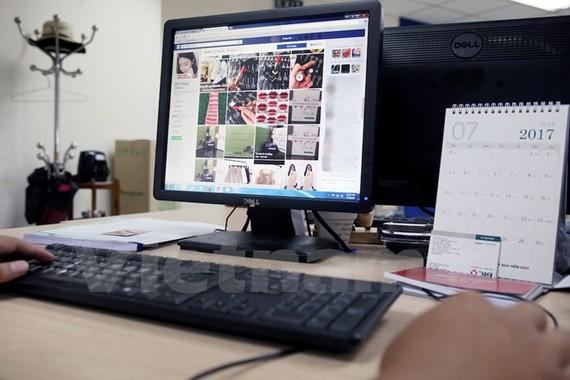 Quản thuế kinh doanh online: Làm công bằng, người dân mới theo