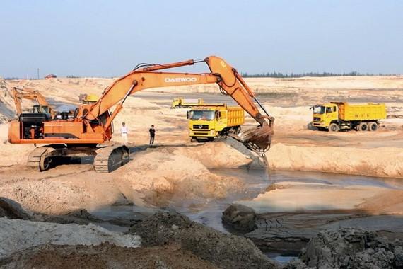 Bộ Công Thương phản đối đề xuất dừng dự án mỏ sắt Thạch Khê