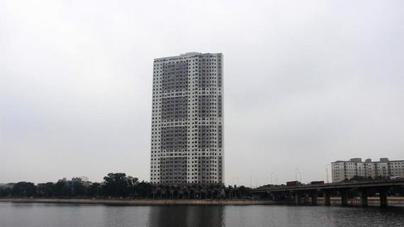 """Chung cư VP6 Linh Đàm """"dính"""" nhiều sai phạm về trật tự xây dựng"""