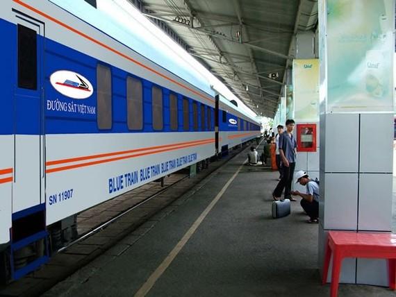 Giá vé tàu tuyến Hà Nội - Vinh giảm mạnh