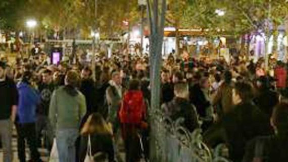 Biểu tình biến thành bạo động tại Paris