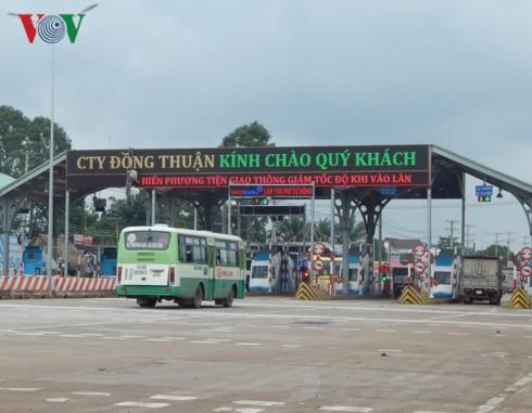 Trạm thu phí BOT Biên Hòa vẫn tiếp tục xả trạm.