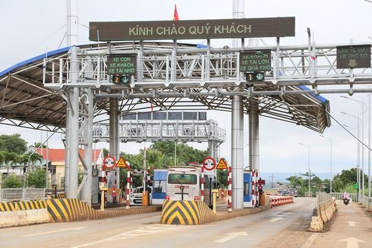 BOT Quang Đức trên đường Hồ Chí Minh dự tính di dời để đón phương tiện lưu thông trên đường tránh Ảnh: Cao Nguyên