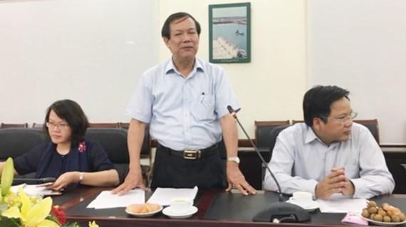 """Ông Nguyễn Ngọc Oai chủ trì cuộc họp báo về việc EU """"rút thẻ vàng"""" thủy sản Việt Nam"""