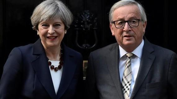 Thủ tướng Theresa May dự kiến có cuộc gặp với Chủ tịch Ủy ban châu Âu Jean-Claude Juncker. (Nguồn: Reuters)