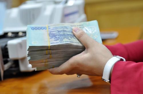 Dù vốn điều lệ dưới mức 3.000 tỷ đồng, nhiều điều kiện dưới quy định an toàn, các ngân hàng 0 đồng vẫn được hoạt động dưới sự kiểm soát chặt chẽ của Ngân hàng Nhà nước. Ảnh: Anh Quân.