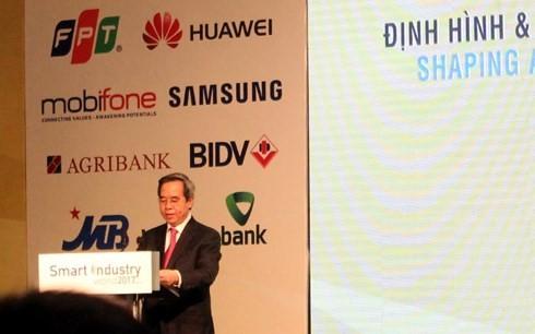 Ông Nguyễn Văn Bình phát biểu tại Hội thảo