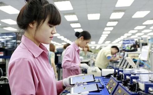 năng suất bằng 80% nhưng tiền lương lại bằng 30% (ảnh minh họa: KT)