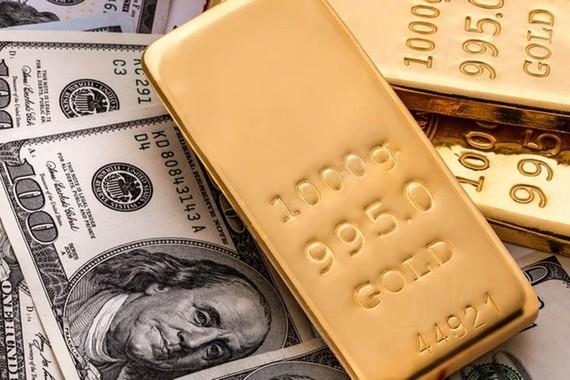 Giá vàng thế giới giảm do đồng USD tăng giá so với đồng euro