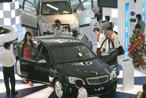 Bộ Tài chính bỏ đề xuất miễn thuế tiêu thụ đặc biệt cho phần linh kiện ô tô sản xuất trong nước.